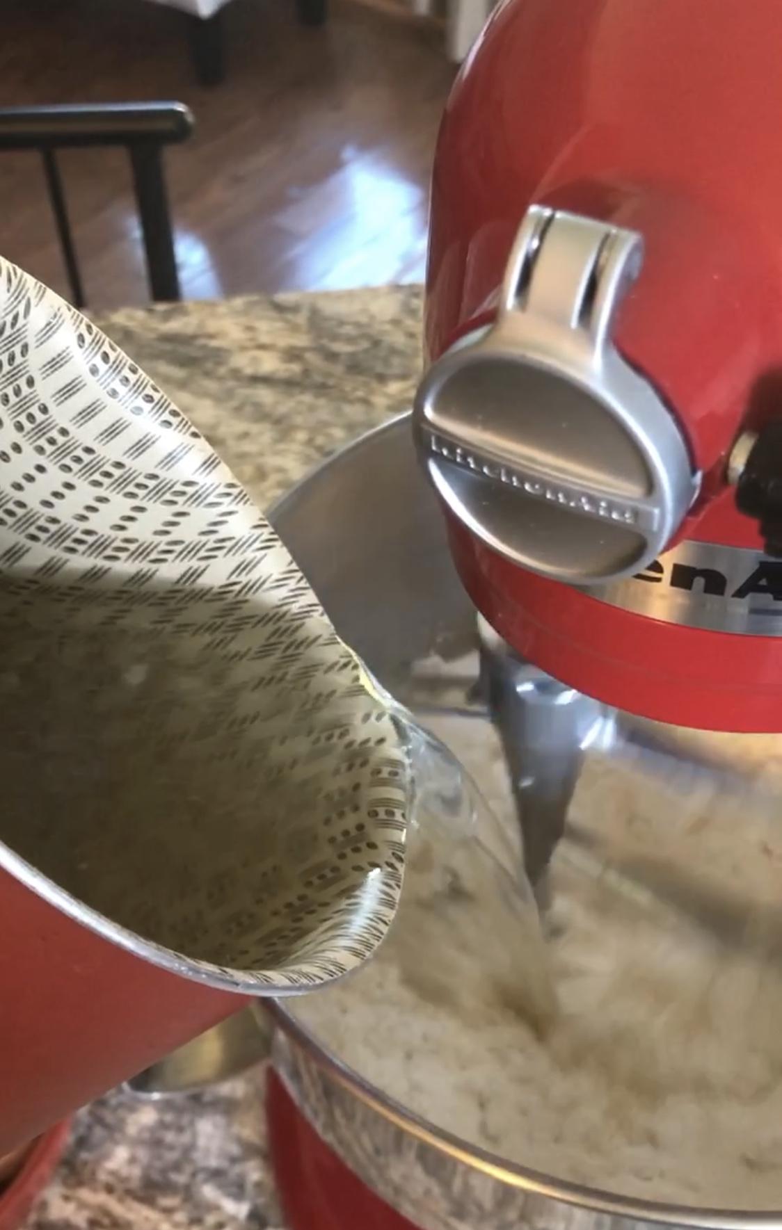 Escaldando o polvilho